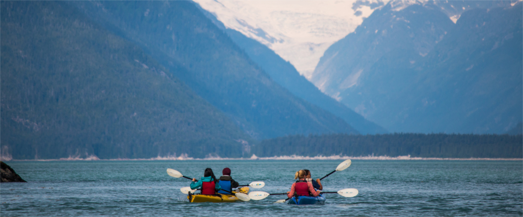 Paddling along the Chilkat Peninsula, Haines
