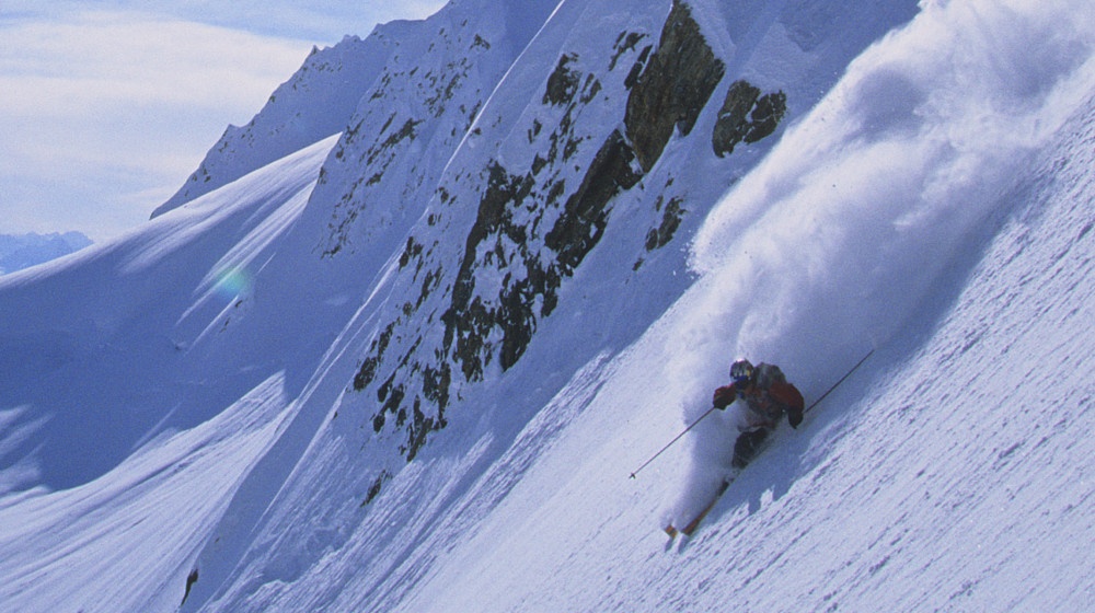 Skagway heli-skiing offers expansive terrain in a unique in-town setting